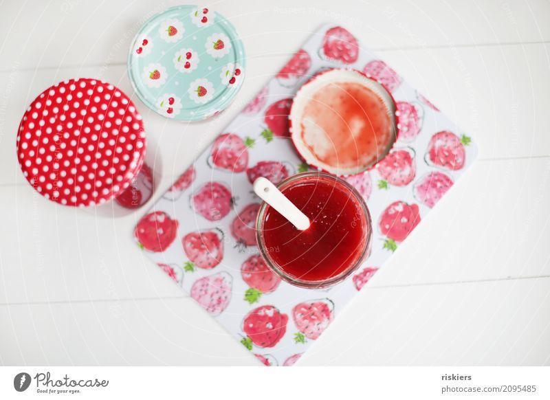 Erdbeermarmelade Lebensmittel Marmelade Erdbeeren Frühstück frisch Gesundheit lecker natürlich saftig süß rot weiß selbstgemacht fruchtig Farbfoto Innenaufnahme