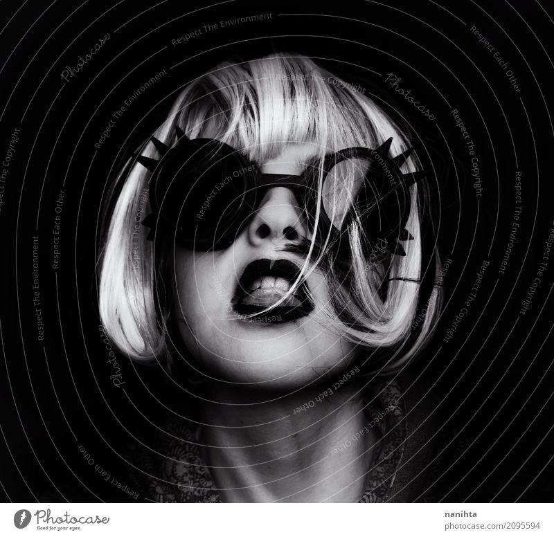 Punk-Frau mit Steampunk-Globogles Mensch Jugendliche Junge Frau weiß 18-30 Jahre schwarz Erwachsene feminin Stil Kunst Haare & Frisuren Stimmung wild modern