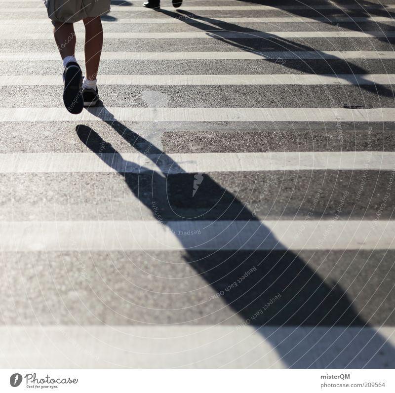 Just Walk. Mensch weiß Stadt schwarz Wege & Pfade Beine Straßenverkehr laufen Verkehr Studium ästhetisch Zukunft Ziel Asphalt Richtung Stress
