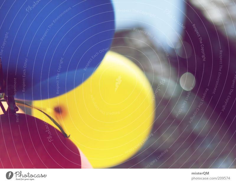 Grand Opening. blau rot gelb Freiheit Luft Feste & Feiern Wind Fassade fliegen 3 ästhetisch Luftballon rund Kreativität Schönes Wetter leicht