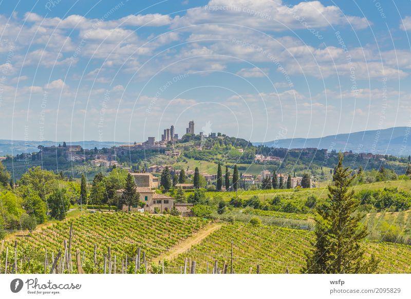 Panoramablick auf San Gimignano Toskana Italien Landschaft Dorf Stadt Altstadt Turm Architektur historisch mittelalterliches manhattan Weltkulturerbe
