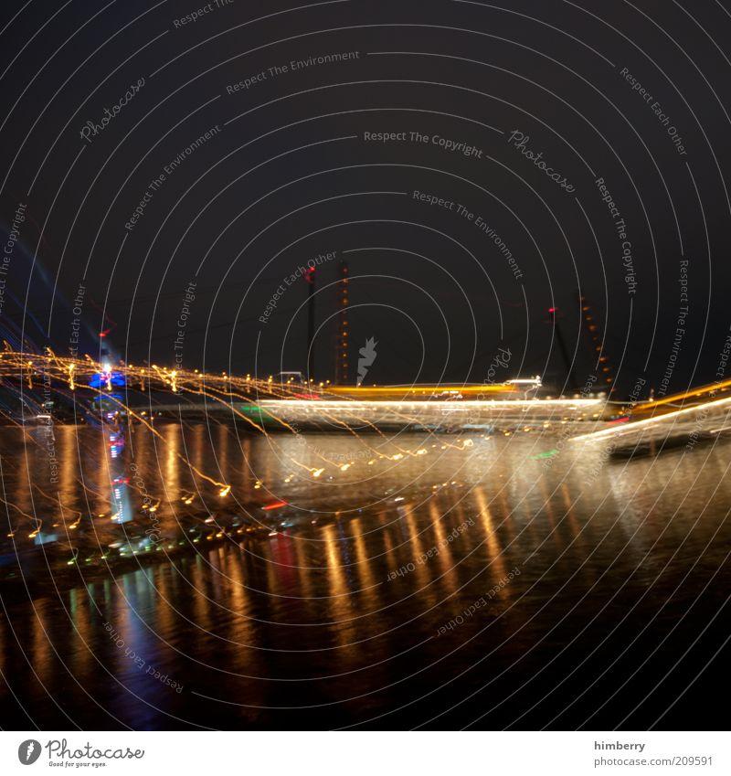 die promillebrille Stadt Kunst Brücke Hafen Show Veranstaltung Wahrzeichen bizarr Düsseldorf Doppelbelichtung Hauptstadt Verzerrung Rhein Kunstwerk Sehenswürdigkeit Experiment