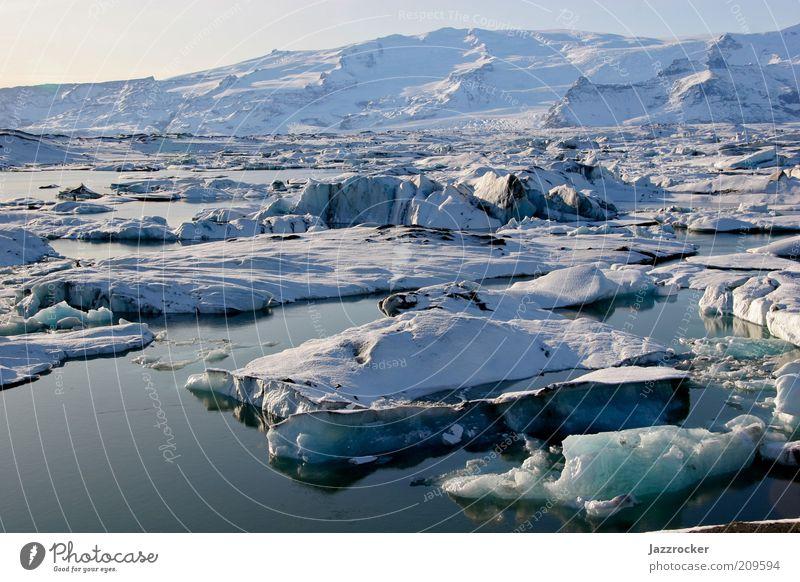 Jökulsarlon Iceland Natur Wasser Winter Freiheit Landschaft Umwelt Klima natürlich Urelemente Island Gletscher Klimawandel Expedition schmelzen Eisscholle