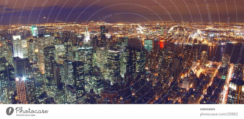 New York, New York.. (Panorama) Straße Hochhaus USA Skyline New York City Nordamerika Empire State Building Chrysler Building