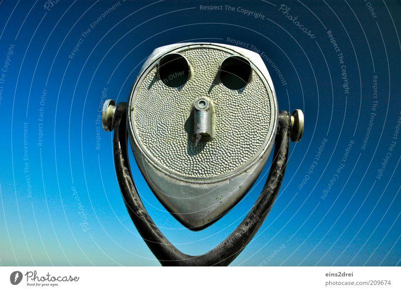 Mein neuer Freund Ferien & Urlaub & Reisen Ausflug Ferne Sommer Sommerurlaub Tourismus Fernglas Teleskop Metall Gesicht beobachten entdecken Lächeln Blick