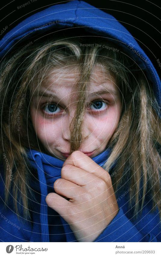 Dread-Head Jugendliche blau Hand schön Erwachsene Gesicht Junge Frau Haare & Frisuren blond 13-18 Jahre einzeln Gesichtsausdruck langhaarig Kapuze Porträt