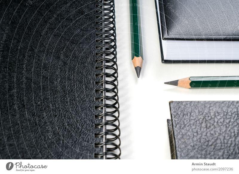 Rechts vor Links weiß schwarz Lifestyle Stil Business Design Büro ästhetisch Ordnung Erfolg Perspektive leer Buch Idee Papier planen