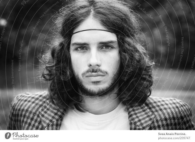 quiet, the new loud Mensch Jugendliche Gesicht Auge Gefühle Stil Haare & Frisuren Mode Erwachsene maskulin Lifestyle Coolness retro leuchten Bart Locken