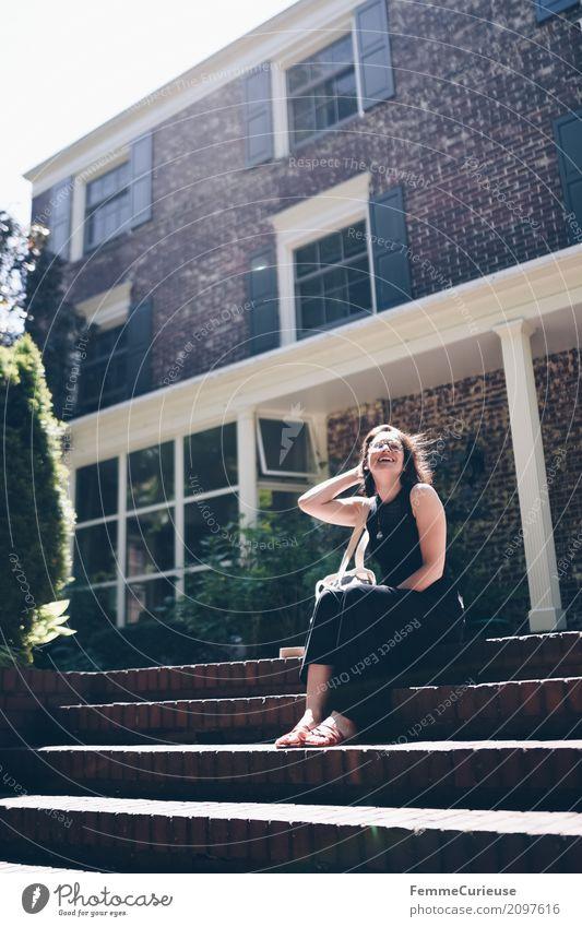 Roadtrip West Coast USA (297) feminin Junge Frau Jugendliche Erwachsene 1 Mensch 18-30 Jahre 30-45 Jahre Ferien & Urlaub & Reisen Villa Wohnhaus Besitz Kleid