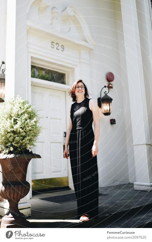 Roadtrip West Coast USA (253) Junge Frau Jugendliche Erwachsene 1 Mensch 18-30 Jahre 30-45 Jahre schön Häusliches Leben Seattle Westküste Villa Traumhaus
