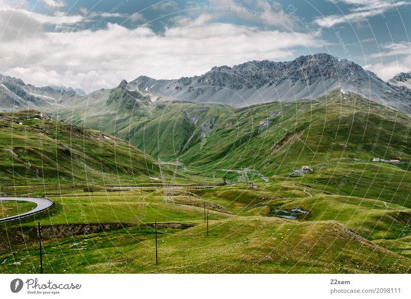 Richtung Bormio Umwelt Natur Landschaft Himmel Wolken Sommer Alpen Berge u. Gebirge Gipfel Gletscher Straße Hochstraße gigantisch hoch grün Abenteuer Einsamkeit