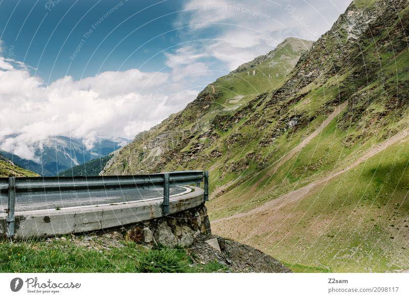 Nr6 Umwelt Natur Landschaft Himmel Wolken Sommer Wiese Alpen Berge u. Gebirge Straße Wege & Pfade Hochstraße saftig blau grün Abenteuer Einsamkeit
