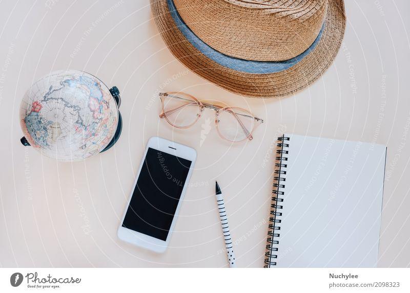 Flache Lage von Reiseartikeln und Zubehör Ferien & Urlaub & Reisen Sommer Farbe schön Lifestyle Stil Mode Tourismus Design Textfreiraum hell Freizeit & Hobby