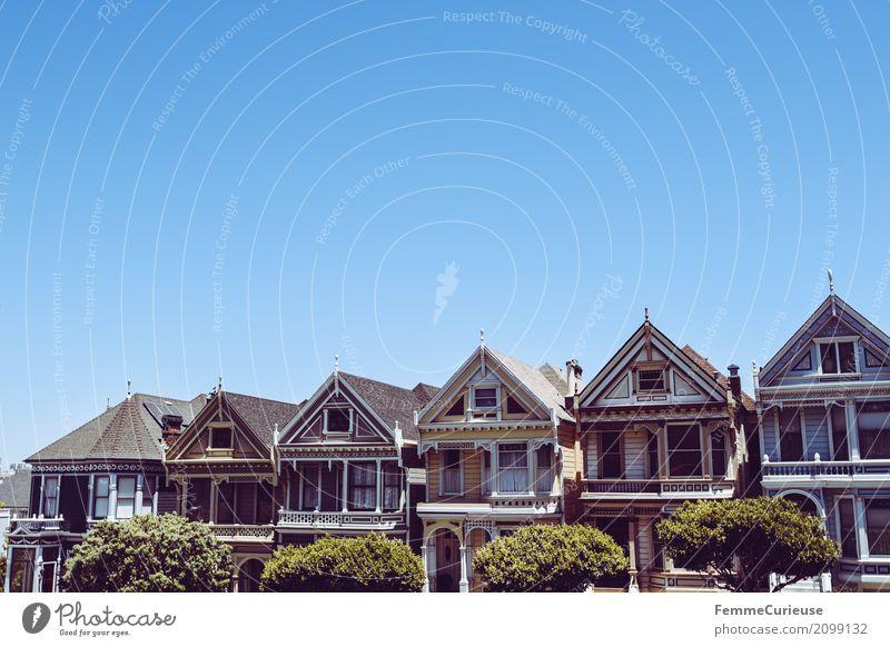 Roadtrip West Coast USA (142) Stadt Haus Fernsehserie Kulisse San Francisco Westküste Architektur Wohnhaus Sehenswürdigkeit weltberühmt Blauer Himmel
