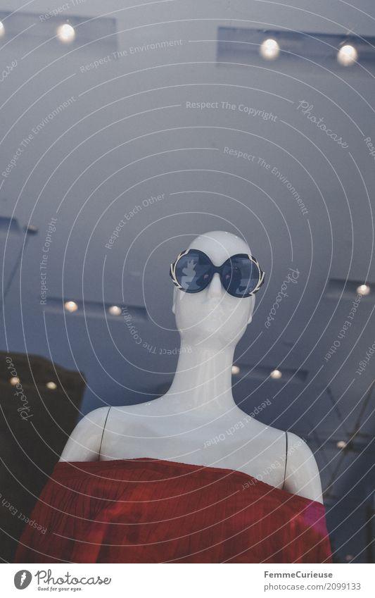 DatenOptionen Roadtrip West Coast USA (137) Mode Bekleidung kaufen Schaufensterpuppe Sonnenbrille Bandeau schulterfrei Schulter Bluse rot Glatze weiß Sommer