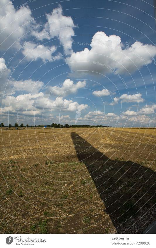 Windschattenenergie Natur Himmel Sonne Sommer Wolken Ferne Landschaft Kraft Feld Wetter Umwelt Energie Erde Energiewirtschaft Zukunft Klima