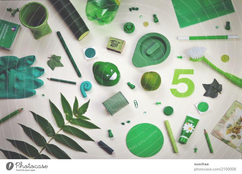 ich seh etwas, was du nicht siehst ... Super Stillleben Krimskrams Dinge Sammlung Anhäufung bunt zusammengewürfelt ansammeln viele Haushalt grün Inspiration