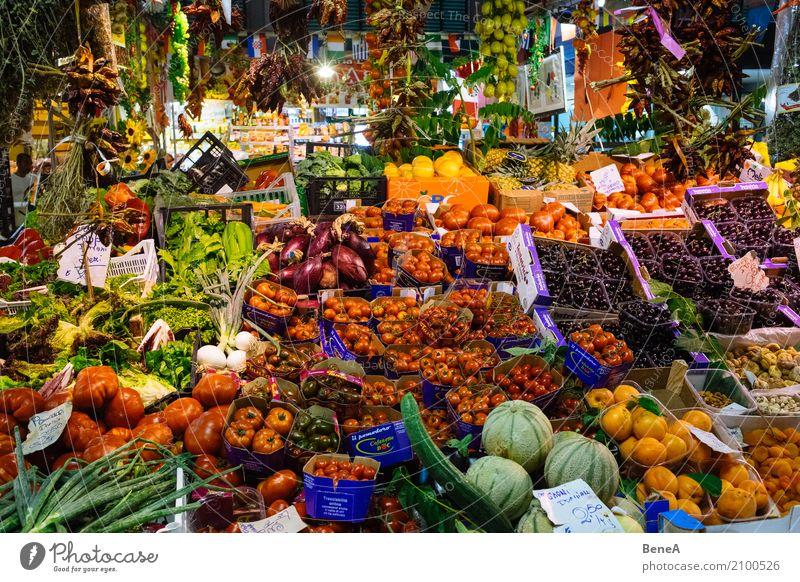 Bunter Obst und Gemüse Marktstand Essen Gesundheit Lebensmittel Frucht Ernährung Orange authentisch kaufen Italien Güterverkehr & Logistik Bioprodukte Apfel