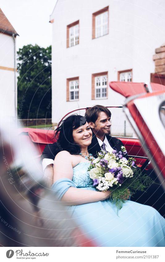 Love is in the air (78) maskulin feminin Frau Erwachsene Mann 2 Mensch 18-30 Jahre Jugendliche 30-45 Jahre Glück Ehe Ehefrau Ehemann Ehepaar Hochzeit Oldtimer