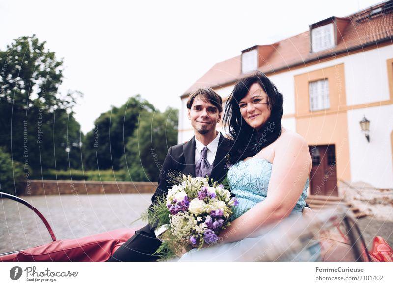 Love is in the air (04) Frau Erwachsene Mann 2 Mensch 30-45 Jahre Liebe Hochzeit Hochzeitspaar Ehe Ehepaar verheiratet Braut Bräutigam Brautkleid blau