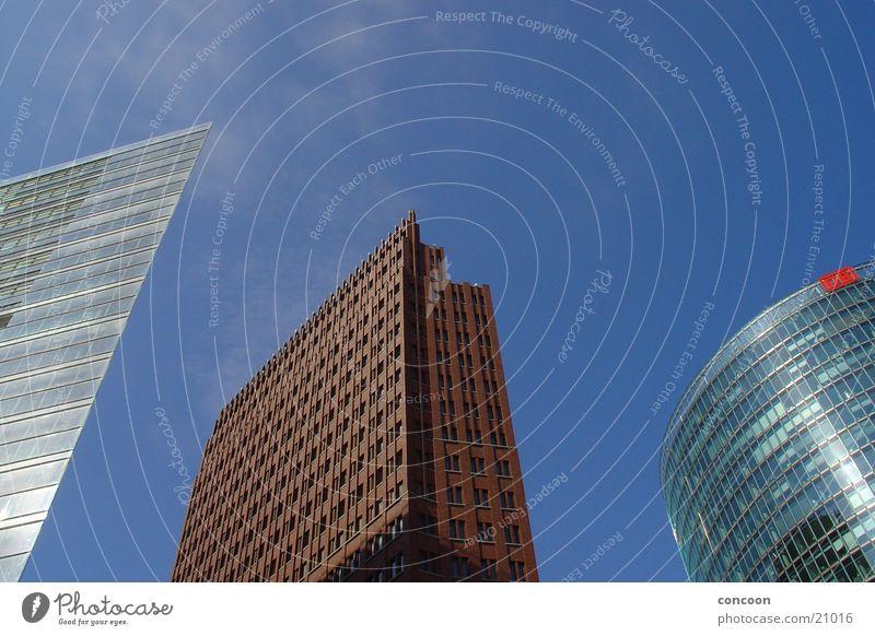 New York is in Germany Hochhaus Beton Stahl Potsdamer Platz Architektur hoch Gebäude modern Glas neu Niemandsland Berlin