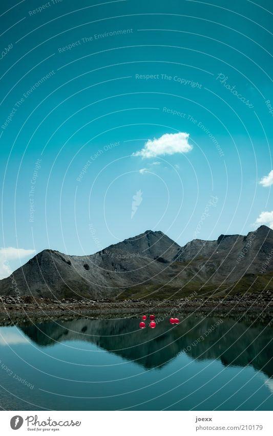 Clowntauchen Natur Wasser Himmel blau Sommer ruhig Berge u. Gebirge See Landschaft Alpen Idylle Schönes Wetter Österreich Spiegelbild Blauer Himmel Boje