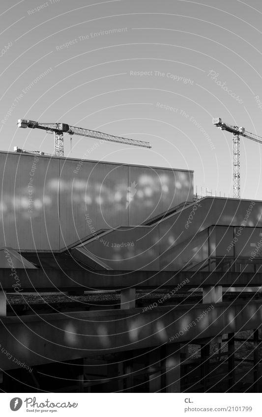 ruhr-universität bochum (1) Studium lernen Baustelle Wolkenloser Himmel Schönes Wetter Bochum Menschenleer Bauwerk Gebäude Architektur Mauer Wand Treppe Fassade
