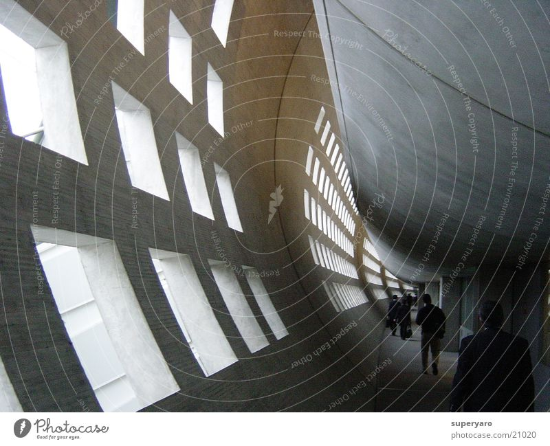 Paris Tunnel Luftverkehr Flughafen de Gaulle Gang