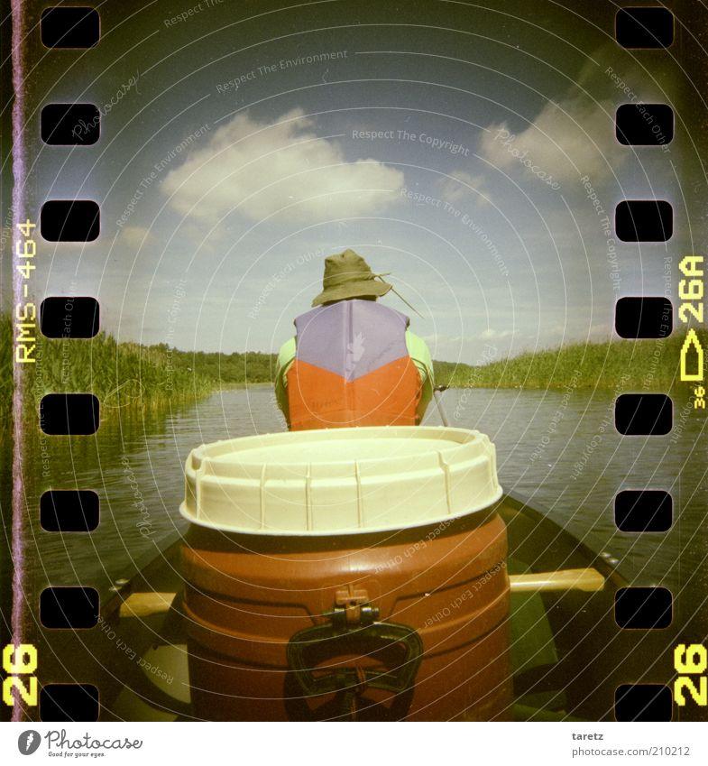 Endlich Ruhe Umwelt Natur Landschaft Pflanze Abenteuer Filmperforation Schilfrohr Windstille Kanu Kanutour Müritz See Naturschutzgebiet wild ruhig Erholung