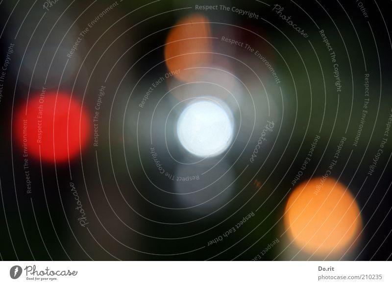 ein paar Lichtpunkte... Kunst glänzend träumen Farbfoto Innenaufnahme Blitzlichtaufnahme Blendenfleck Unschärfe mehrfarbig Lichtfleck Menschenleer Textfreiraum