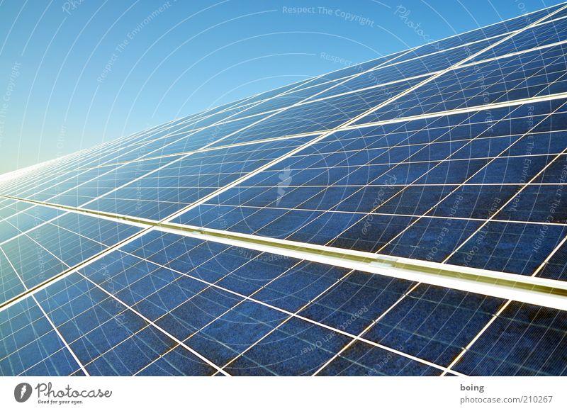 solar Energie Energiewirtschaft Elektrizität Zukunft Technik & Technologie Wissenschaften Sonnenenergie Schönes Wetter Geometrie Umweltschutz Symmetrie nachhaltig Fortschritt Solarzelle High-Tech wirtschaftlich