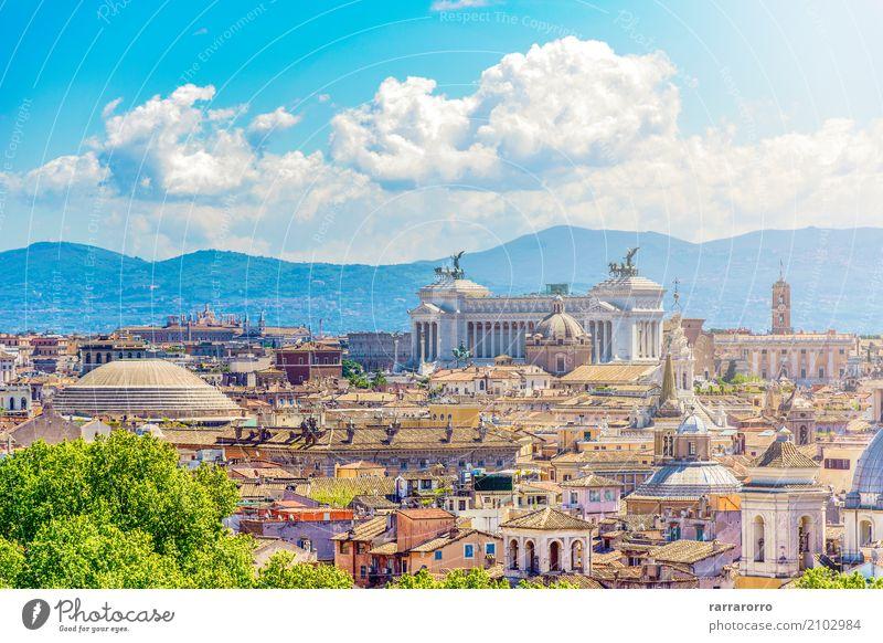 Panoramablick von Rom mit dem Capitoline-Hügel in Rom Ferien & Urlaub & Reisen alt Stadt weiß Landschaft Haus Wolken Architektur Gebäude Tourismus oben Horizont