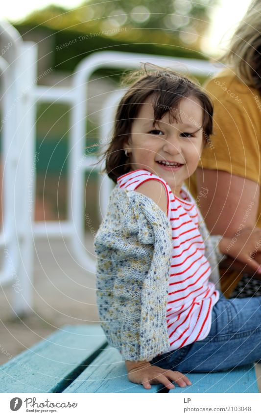 süßes kleines Mädchen Lifestyle Stil Freude Gesundheitswesen Wellness Leben harmonisch Freizeit & Hobby Spielen Kinderspiel Ferien & Urlaub & Reisen Ausflug