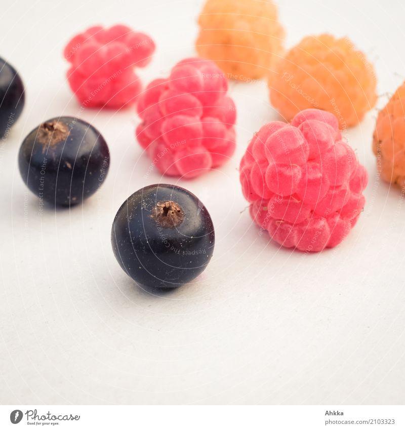 3 x 3 Lebensmittel Dessert Beeren Himbeeren Johannisbeeren Fingerfood Zeichen Kugel Fahne lecker rund gold rot schwarz Vertrauen Einigkeit loyal Zusammensein