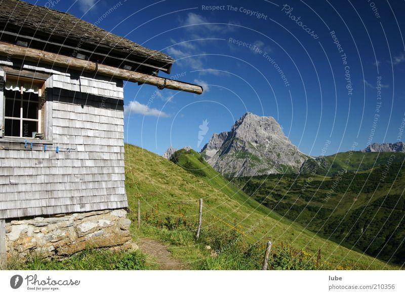 Alpe Derren Natur Sommer Ferien & Urlaub & Reisen Haus Einsamkeit Ferne Wiese Wand Berge u. Gebirge Stein Mauer Wege & Pfade Landschaft wandern Umwelt Horizont