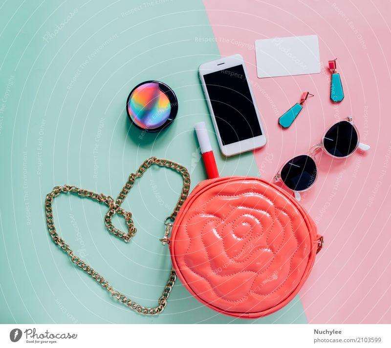 Flache Lage der Frauentasche und -zusätze elegant Stil Design Haut Schminke Lippenstift Ferien & Urlaub & Reisen Telefon PDA Technik & Technologie feminin