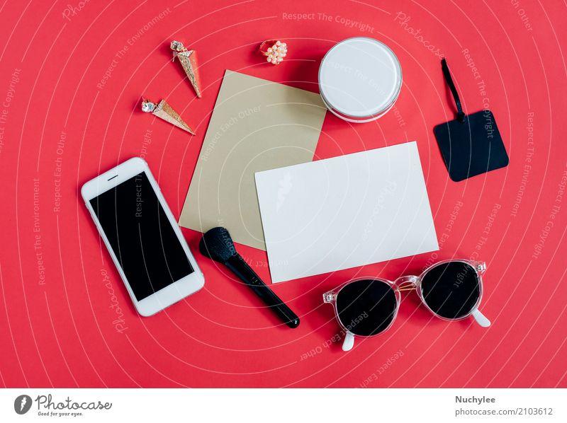 Flache Lage von Kosmetika und Accessoires Frau Ferien & Urlaub & Reisen Farbe schön Erotik Erwachsene Lifestyle feminin Stil Mode Design hell modern elegant