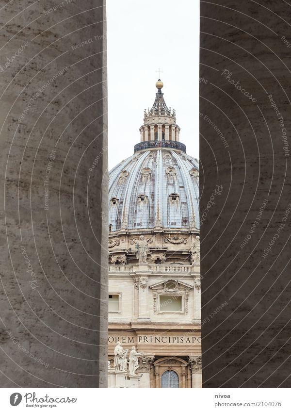 petersdom Ferien & Urlaub & Reisen Tourismus Sightseeing Städtereise Sommer Architektur Vatikan Rom Italien Hauptstadt Stadtzentrum Kirche Dom Fassade Säule