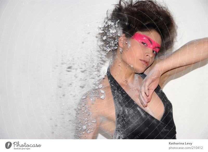 white room Freude schön Haare & Frisuren Haut Gesicht Kosmetik Mensch feminin Junge Frau Jugendliche 1 18-30 Jahre Erwachsene brünett Afro-Look fantastisch