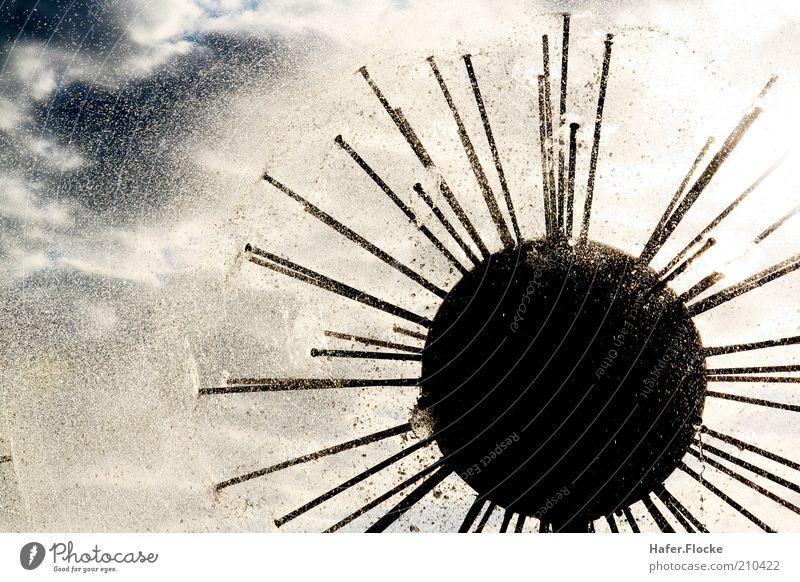 Apollo 14 Kunst Wasser Himmel Klima Regen Gewitter Stahl Kugel Tropfen modern stachelig Bewegung sprühen Außenaufnahme Kontrast Silhouette Lichterscheinung