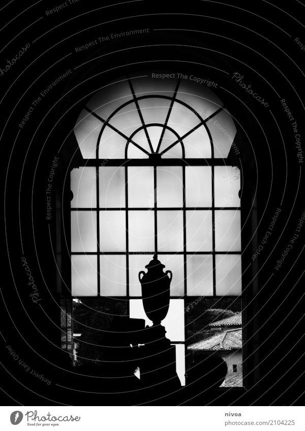 Pokal am Fenster Design Ausstellung Museum Kunstwerk Skulptur Architektur Vatikan Vatikanische Museen Rom Italien Hauptstadt Bauwerk Gebäude Schalen & Schüsseln