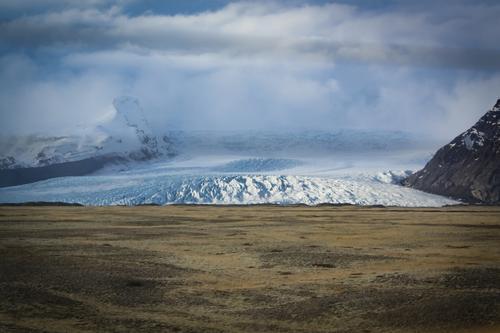 Gletscherwelle Landschaft Wolken Umwelt Angst Wellen Eis Perspektive Abenteuer gefährlich Geschwindigkeit Klima Vergänglichkeit bedrohlich Wandel & Veränderung