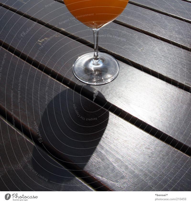 maracuja mit stil Stil Holz orange Glas Glas Tisch frisch Getränk süß rund Flüssigkeit Duft Ernährung Schönes Wetter saftig Bildausschnitt