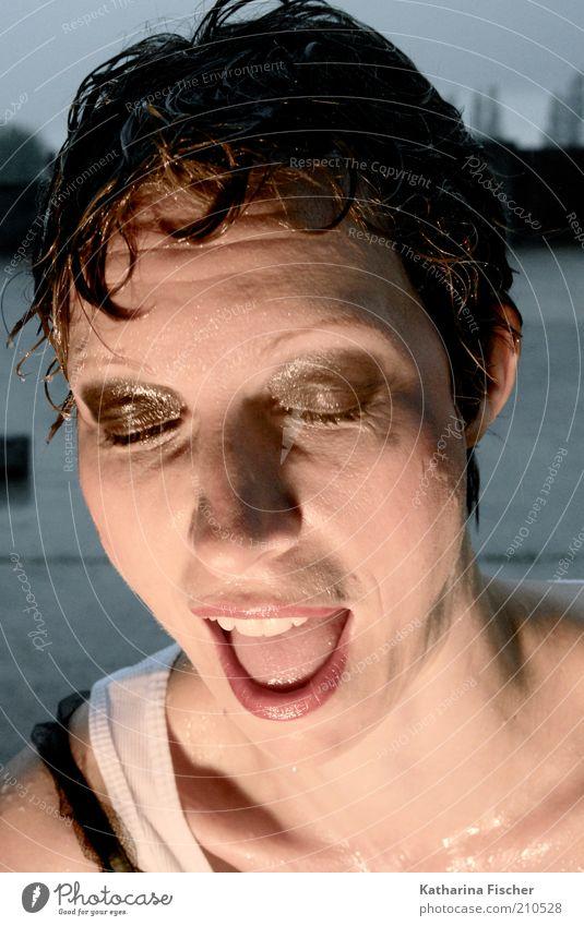 #210528 Frau Mensch weiß Gesicht schwarz Auge feminin Kopf Haare & Frisuren Erwachsene Regen braun Mund Haut nass Nase