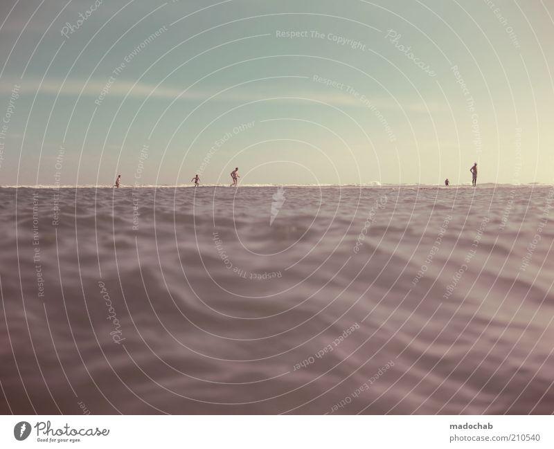 wir sind jesus Mensch Meer Sommer Freude Strand Ferien & Urlaub & Reisen Ferne Erholung Gefühle Freiheit Menschengruppe Glück laufen Lifestyle Tourismus