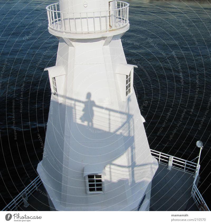 Vom Winde verweht 2 Frau Wasser weiß Meer Sommer Fenster Wasserfahrzeug stehen Turm Hafen Rock Leuchtturm Geländer Natur wehen