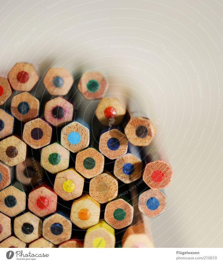 Buntstiftwabe Freizeit & Hobby Arbeitsplatz zeichnen eckig malen Farbstift Bleistift Schreibwaren Kunst mehrfarbig Farbfoto Innenaufnahme Kindheit
