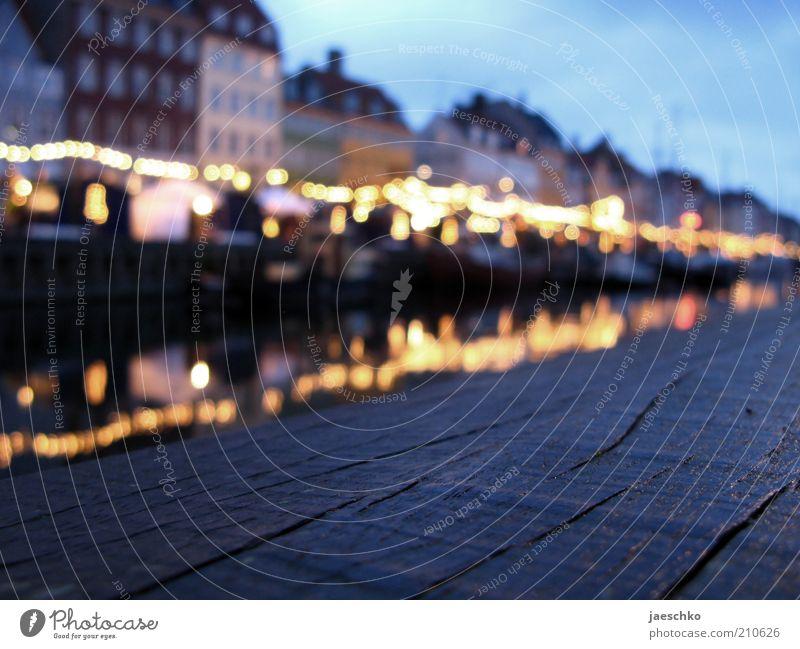 i like copenhagen Stadt Haus Linie Stimmung Tourismus Hafen historisch Anlegestelle Wahrzeichen Dänemark Sehenswürdigkeit Altstadt Kanal Mole Unschärfe Kopenhagen