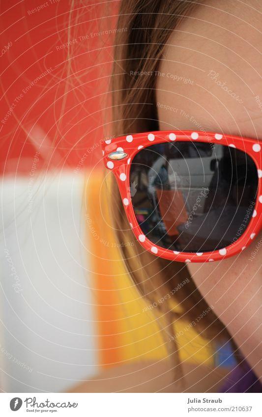 sunbrill Mensch Jugendliche blau rot Sommer Freude Gesicht feminin Kopf Haare & Frisuren PKW Coolness Camping Sonnenbrille Brille gepunktet