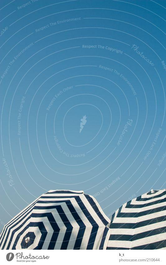 Anti-Hautkrebs-Equipment Himmel blau Sommer Strand Ferien & Urlaub & Reisen ruhig Erholung Freiheit träumen Wärme Zufriedenheit Schutz heiß Unendlichkeit